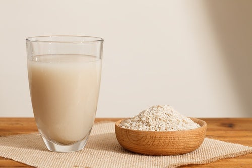 Alternativas para los intolerantes a la lactosa: leche de arroz.