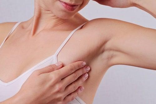 Armpits underarms