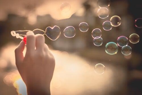 Hay amores breves que son eternos.