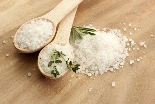 Evitar el consumo excesivo de sal es bueno.