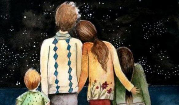 Familia mirando las estrellas.