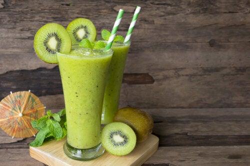 Licuado de kiwi y espinaca: nutrientes y receta