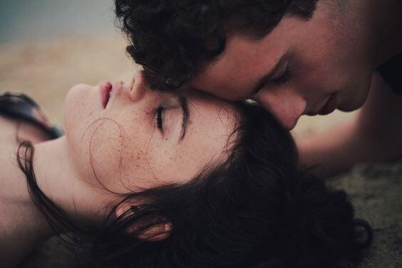 4 cosas que tu pareja sabrá sobre tu salud antes que tú