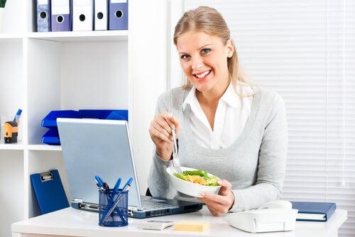 8 tips para perder peso hasta si siempre estás ocupada