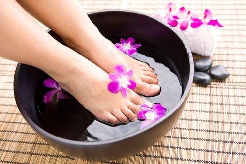 rituales de belleza remedios para el dolor de pies