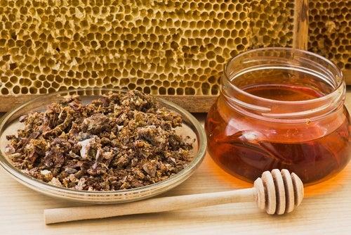 Miel y própolis