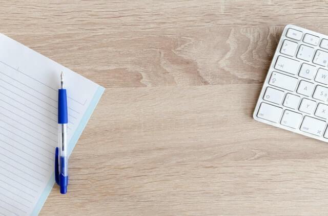 Toma notas para saber qué puedes desechar y qué conservar.