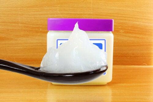 14 interesantes cosas que puedes hacer con vaselina