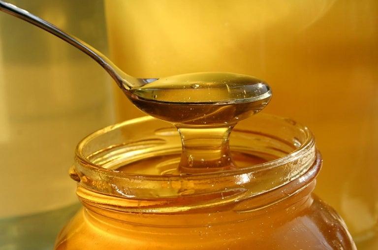 7 sorprendentes usos de miel de abeja
