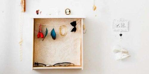 Hacer un cajón para accesorios con cajones de fruta
