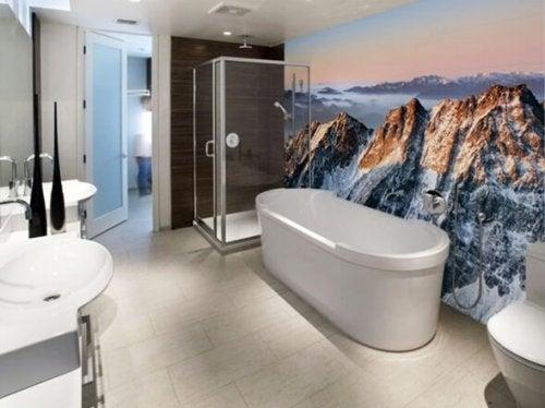 Decorar el baño con murales