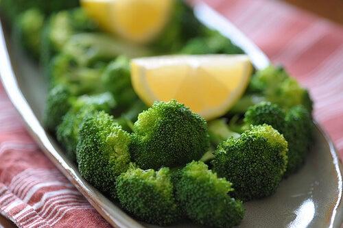 brocoli y limon