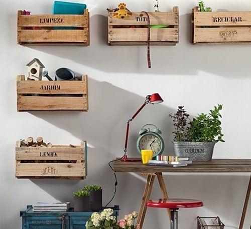 Cómo elaborar organizadores de pared con cajones de fruta