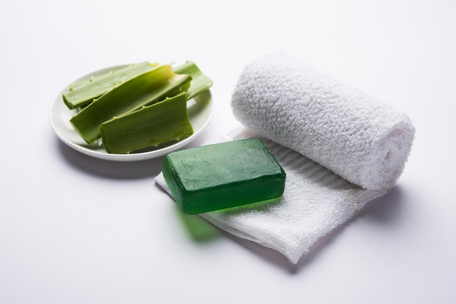 Jabón de aloe vera: una alternativa de tocador que puedes preparar en casa.