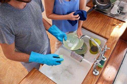 Arma un plan de organización y limpieza para tener la casa ordenada