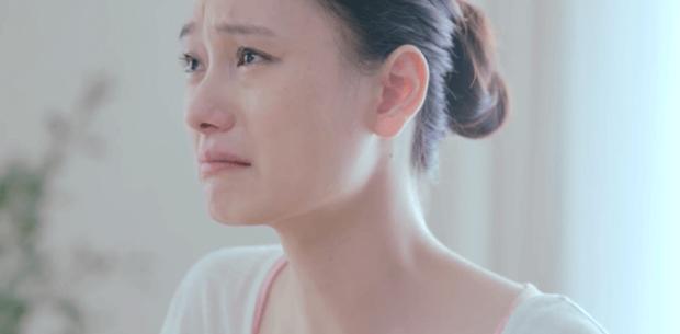 mujer-china-llorando-por-su-soledad