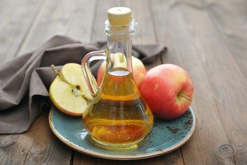 Vinagre de manzana para la gingivitis