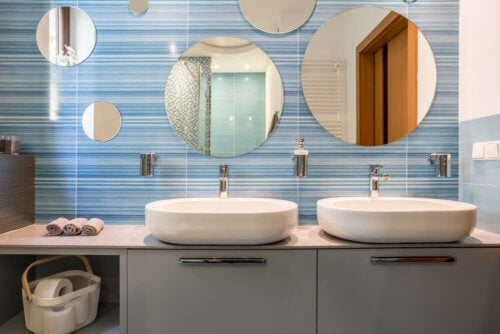 13 trucos infalibles para mantener tu baño limpio y ordenado