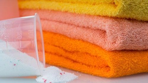 5 maravillosos trucos para hacer las toallas más suaves