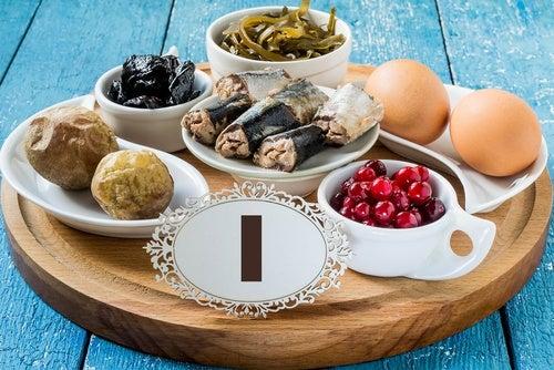 Qué es el hipotiroidismo y cómo combatirlo con alimentos que aceleran el metabolismo