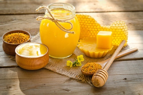 Beeswax is a great ingredient to help deal with wrinkles around your mouth