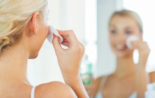 Loción hidratante para la piel grasa