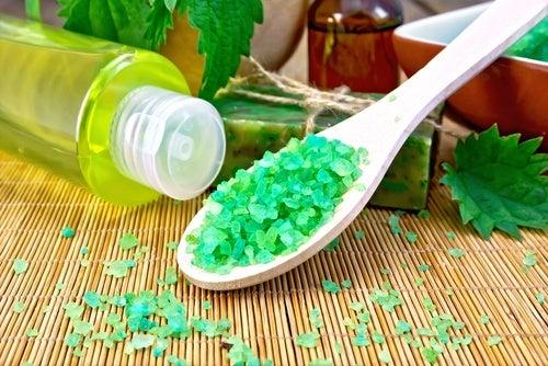 Cómo preparar un champú ecológico para todo tipo de cabello