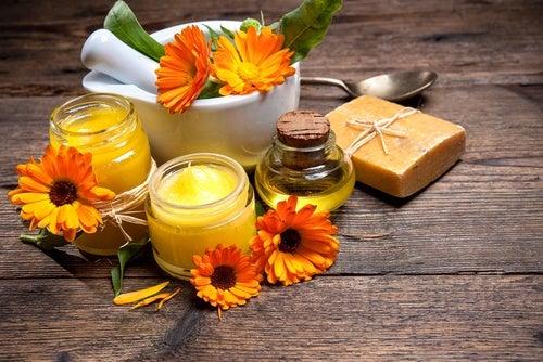 Crema casera de cera de abejas