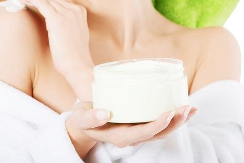 En qué cosiste esta crema natural