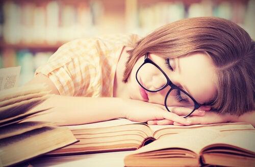 ¿Se puede aprender mientras dormimos?