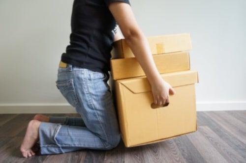 No levantar objetos pesados