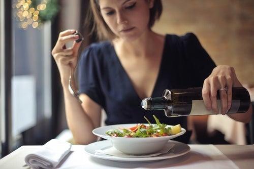 6 alimentos que no debes incluir en tu dieta