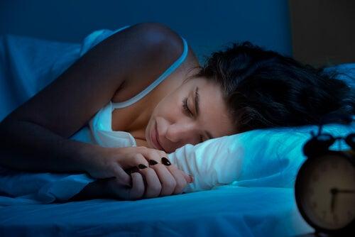 9 ingredientes naturales para conseguir un sueño reparador