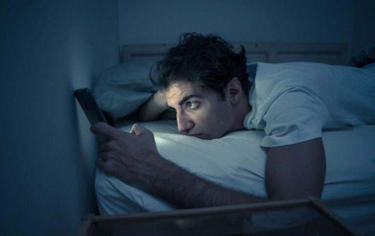 ¿Por qué deberíamos apagar el router wifi por las noches?