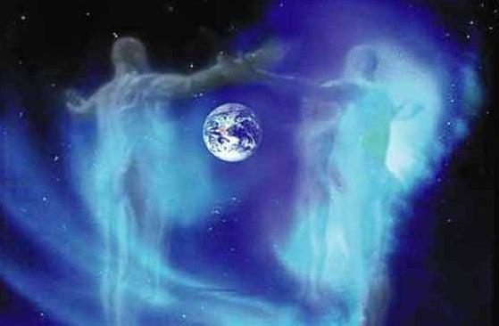 Dos espíritus rodeando el planeta tierra