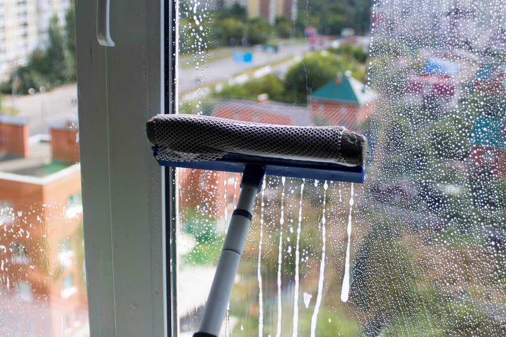 ¿Cómo preparar un jabón desinfectante para el hogar?