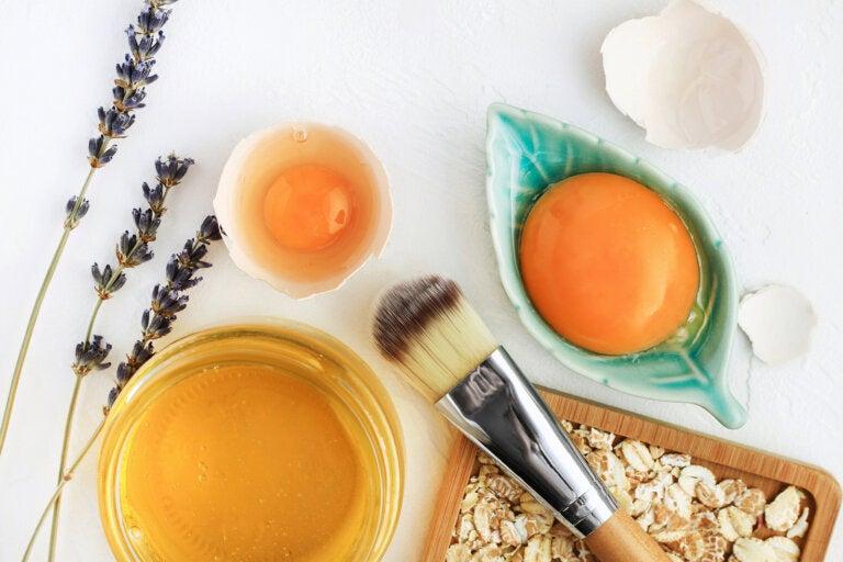 Limpia y reafirma tu piel con esta mascarilla facial de huevo