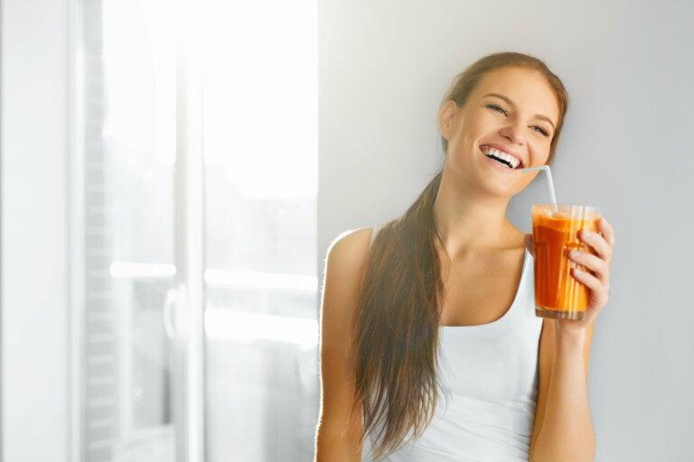 8 beneficios desconocidos del zumo de zanahorias