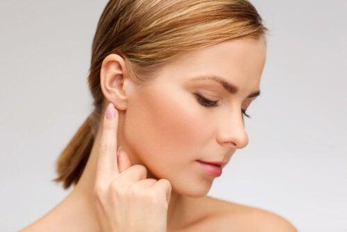 ¿Sabes cómo limpiar los oídos de forma natural?