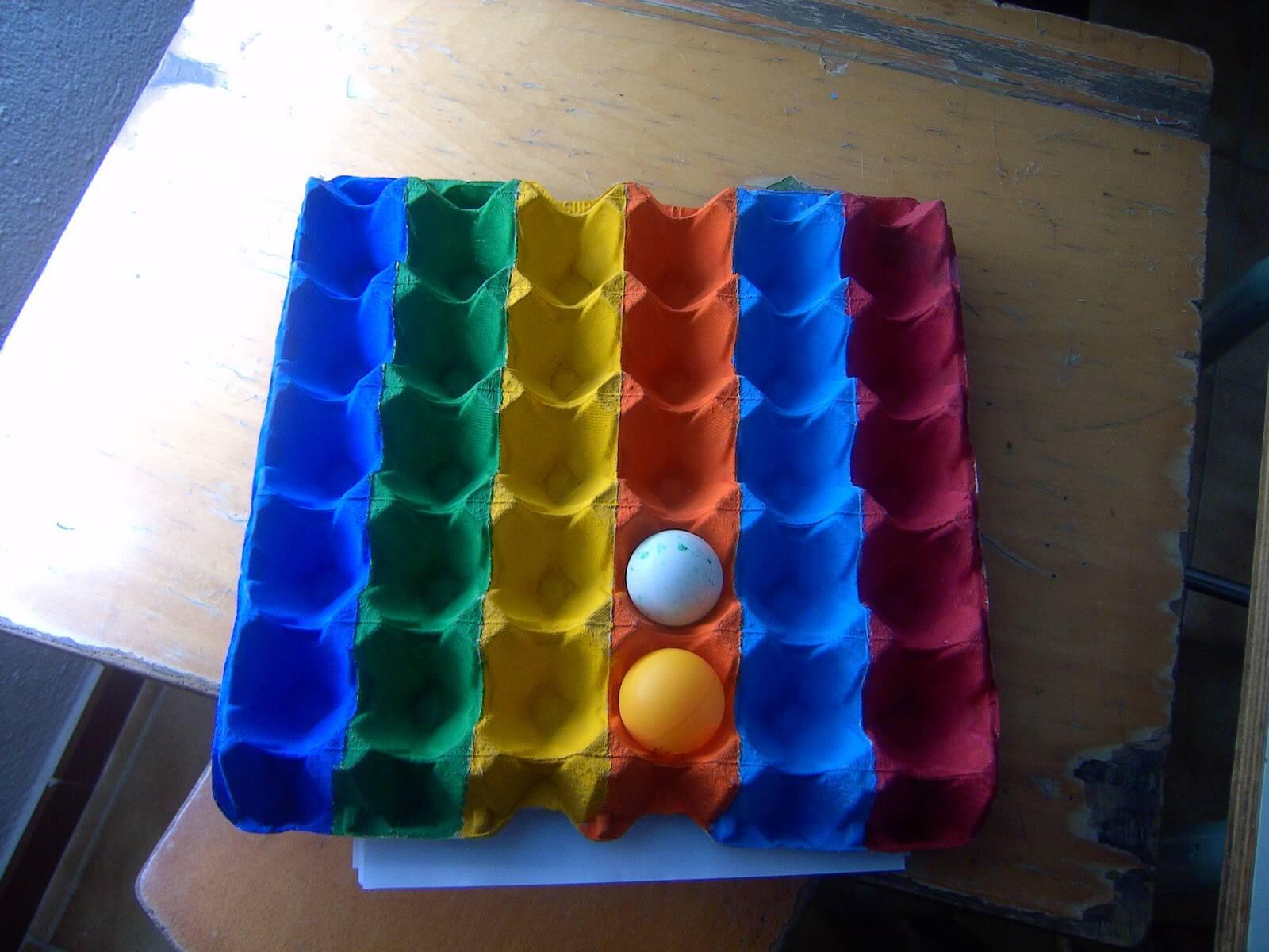 pelotas-carton