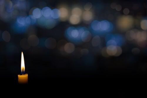 La práctica de la vela para dormir y descansar mejor