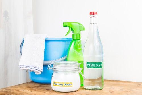 Usos del vinagre en la limpieza