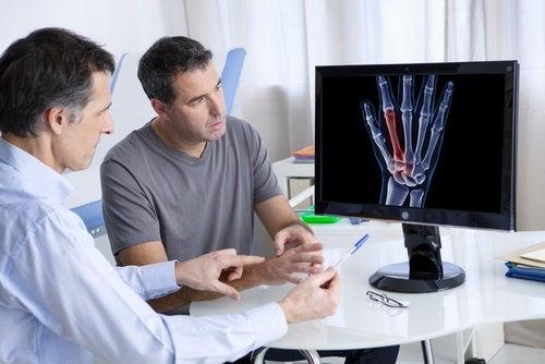 10 síntomas que demuestran que tienes deficiencia de calcio