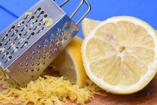 9 usos impensados de la cáscara de limón