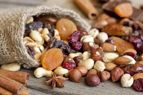 frutos secos para aumentar los niveles de serotonina