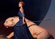 mujer-con-tigre