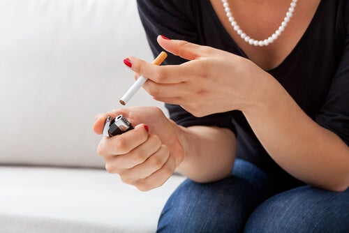 10 efectos perjudiciales a los que se exponen las mujeres que fuman