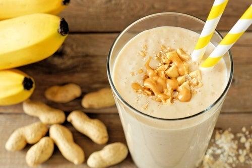 Batido de banana y mantequilla de maní
