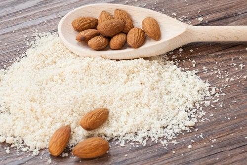 6 harinas saludables que puedes usar para remplazar la de trigo refinada