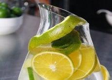 Limpia tus riñones y combate los cálculos con esta bebida 100% natural